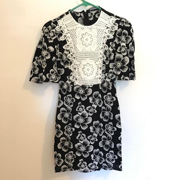 Zara Dresses & Skirts - NWOT ZARA floral dress
